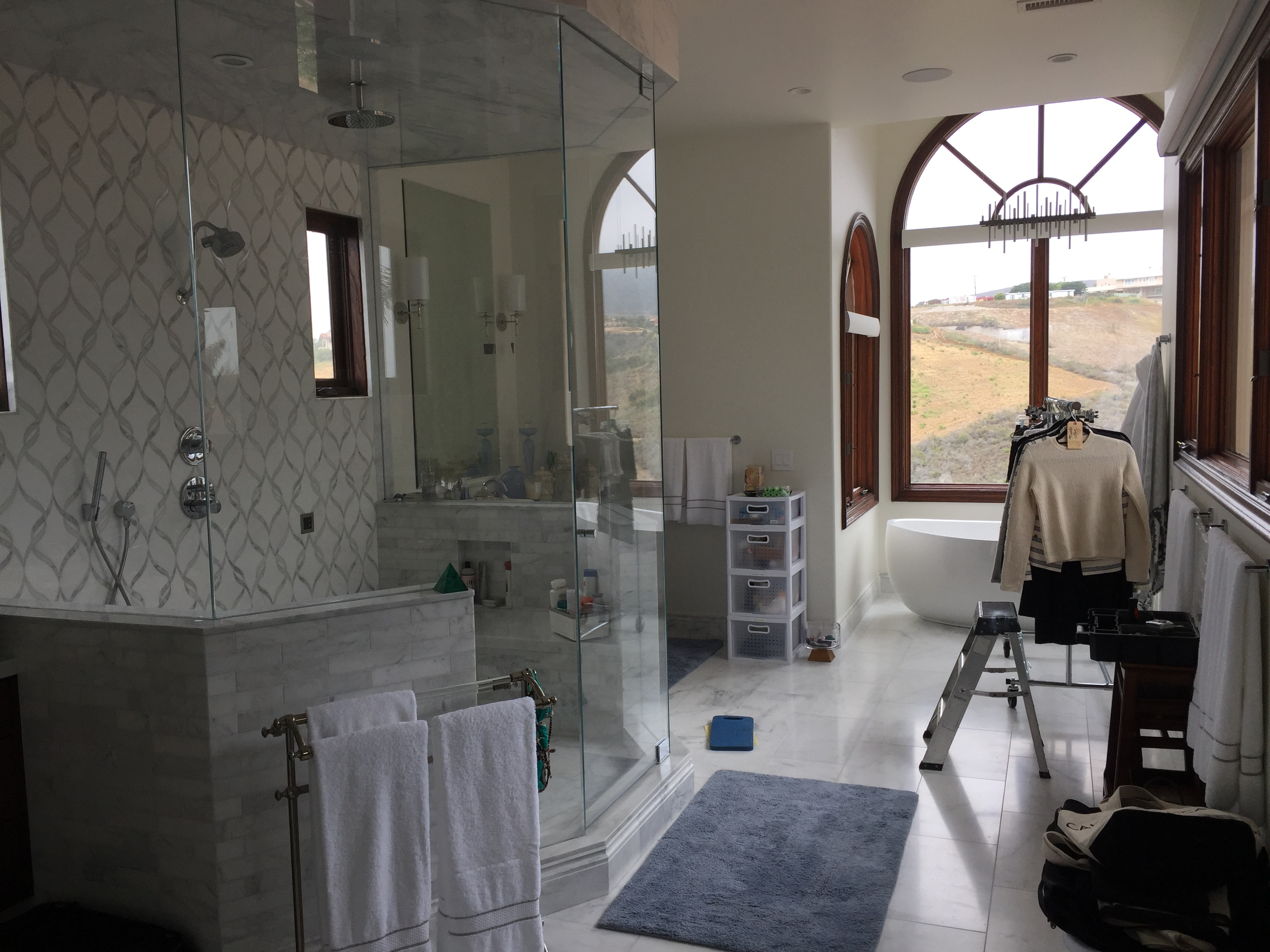 Window Screens installed in Bathroom in Calabasas Home