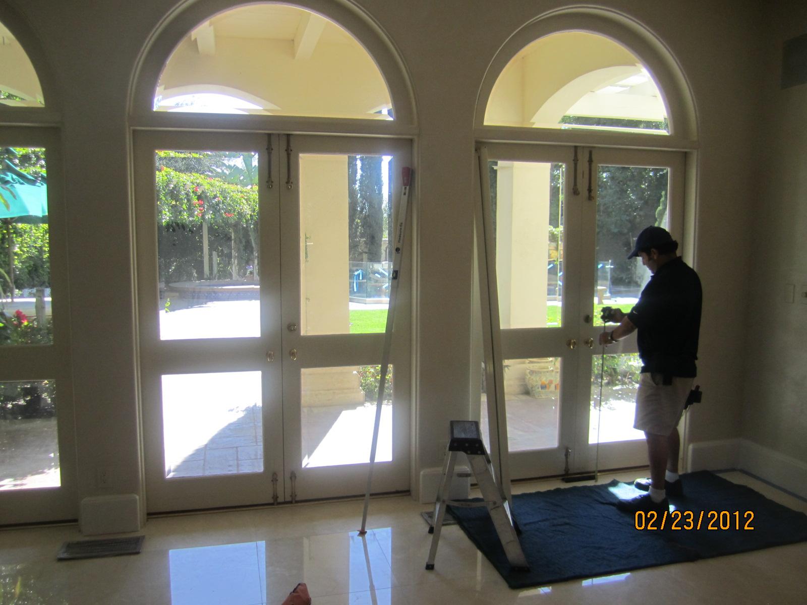 Retractable screen doors in bell air retractable screen for Hideaway retractable screens